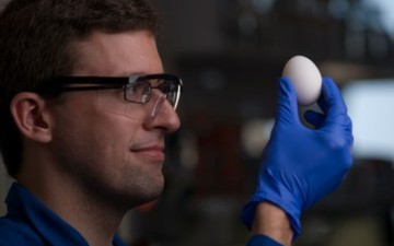 The Unboiled Egg: Former Co-Chair Gregory Weiss garners a lot of media attention with new chemical method