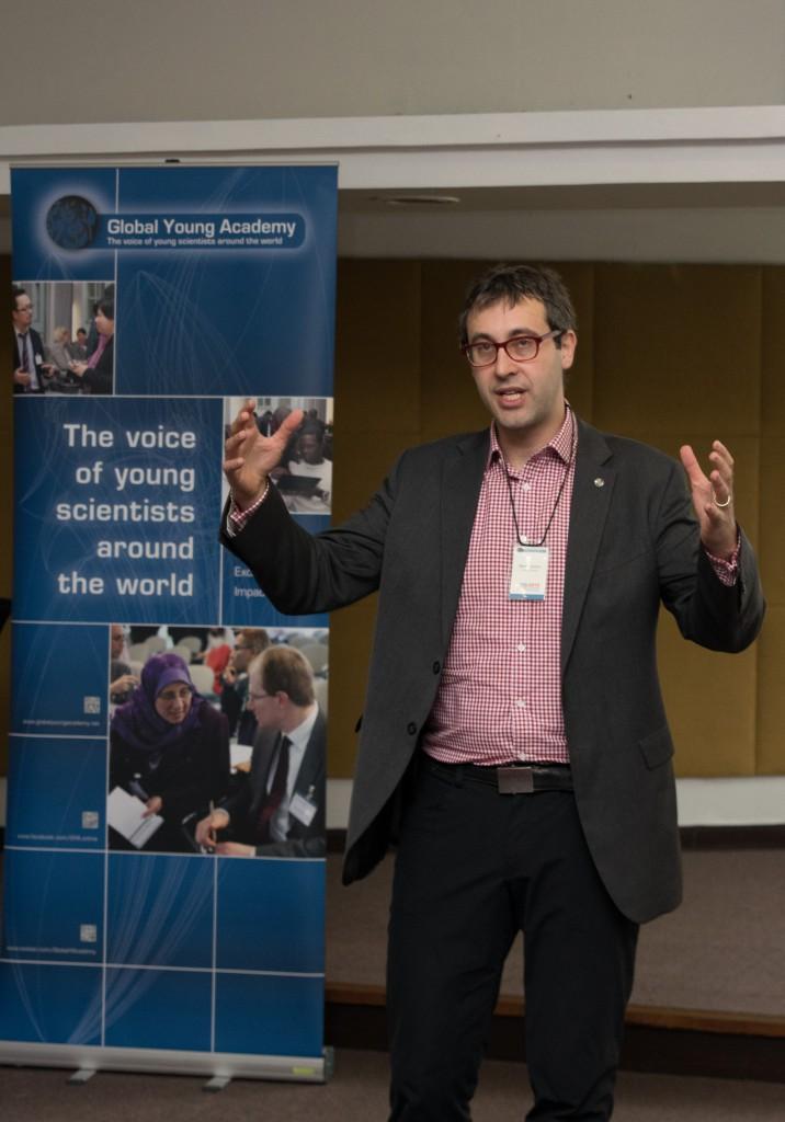 Prof. Rees Kassen (University of Ottawa, Canada)