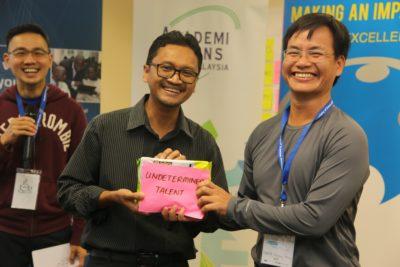 Prof Iqbal Saripan, Chair of ASEAN SLP 2017 and Chair of ASEAN SLP 2018 and GYA member, Dr Tran Quang Huy of Vietnam